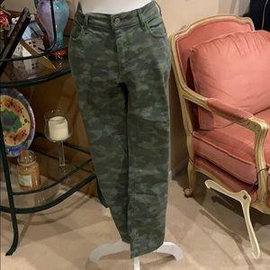 NWOT Camo Jeans